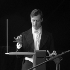 Charlie Draper playing the theremin