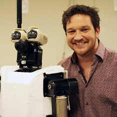 Dr Ben Garrod in Hyper Evolution: Rise of the Robots